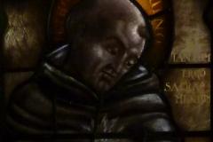 Thomas van Aquino in het raam van Van Balendong bij de Sacramentskapel van de nieuwe Bavo.